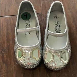 Buster Brown Toddler Girl Silver Glitter shoes